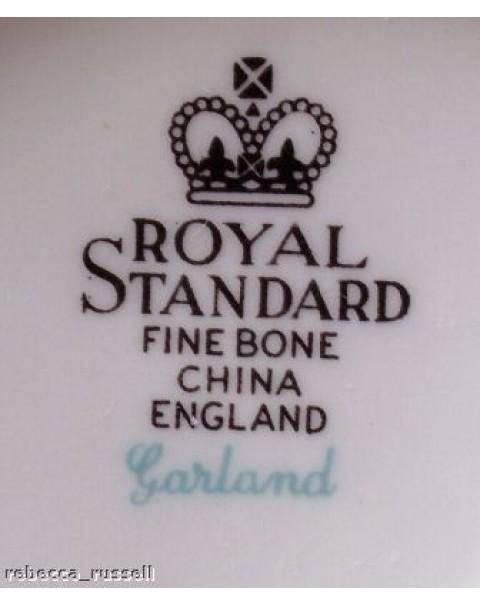 ROYAL STANDARD GARLAND TEA TRIO